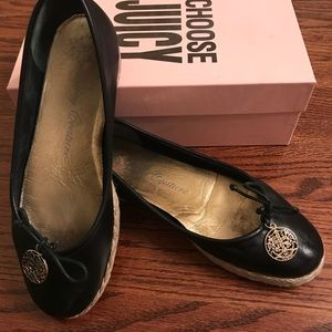 JUICY COUTURE black flats espadrilles in box 9.5
